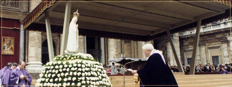 Consagração de Nossa Senhora de Fátima pelo Papa João Paulo II em 1984